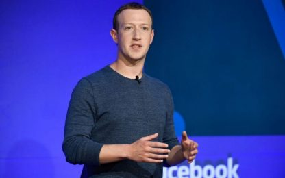 Facebook, nuova indagine penale su accordi dati con big tecnologici