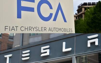 Fca pagherà Tesla per rispettare i parametri Ue sulle emissioni di Co2