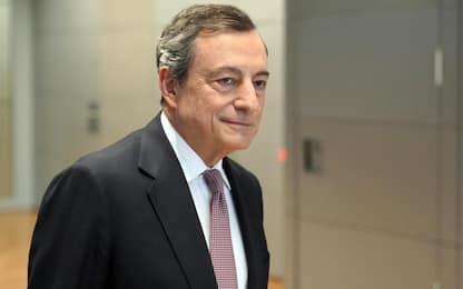 """Bce, Draghi: """"Tassi invariati fino alla metà del 2020"""""""