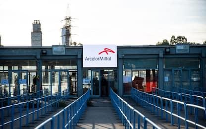 Ex Ilva, firmato accordo ArcelorMittal e i commissari
