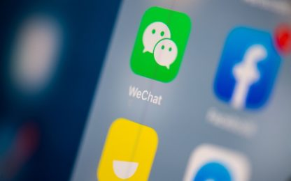 WeChat, giudice Usa sospende lo stop ai download voluto da Trump