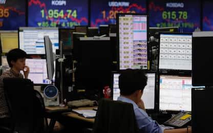 Coronavirus, emergenza affonda le Borse: Milano crolla, -11,17%