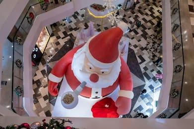 Natale, Codacons: alimentari e giocattoli i prodotti più regalati