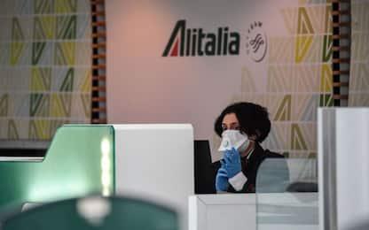 """Alitalia, sindacati: """"No a spezzatino, piano industriale salvaguardi occupazione"""""""