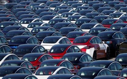 Coronavirus: Unrae, -98% immatricolazioni auto ad aprile