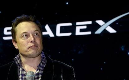 Space X, lanciati altri 60 satelliti in orbita per internet globale