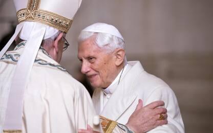 Joseph Ratzinger compie 90 anni. È il primo Papa emerito della storia