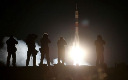 Soyuz, il 3 dicembre il primo volo con un equipaggio dopo l'incidente