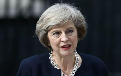 """Brexit, Lord contro Theresa May: """"Garantire diritti dei cittadini Ue"""""""