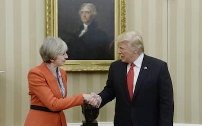 Trump riceve May: relazioni mai così forti. Sabato colloquio con Putin