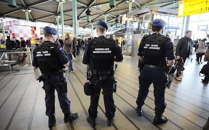 Amsterdam, aeroporto Schiphol bloccato 7 ore per un guasto