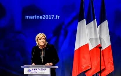 """Presidenziali Francia, ecco Le Pen: """"Fuori dall'Ue dopo la vittoria"""""""