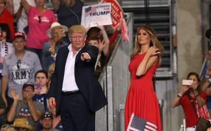 """Trump: """"Negli Usa entra chi ci ama"""". E annuncia """"zone sicure"""" in Siria"""