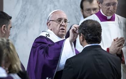 """Il Papa riceve le Ceneri: """"Mai ridurre la fede a cultura di ghetto"""""""
