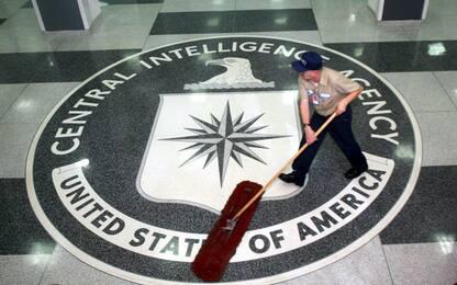 Wikileaks, stampa Gb: 007 inglesi complici dello spionaggio della Cia