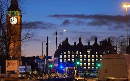 Londra, attacco a Westminster: almeno 4 morti e 40 feriti