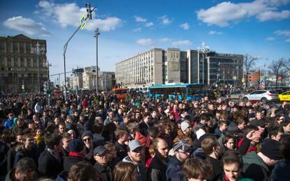 Russia, pioggia di condanne per il corteo a Mosca
