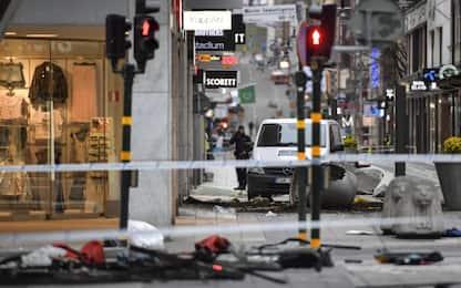 Attacco Stoccolma, la paura e la corsa per salvarsi: le testimonianze