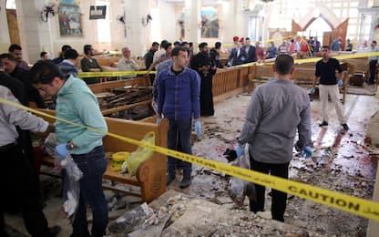 """Egitto, bombe in due chiese: 45 morti. Al Sisi: """"Stato d'emergenza"""""""