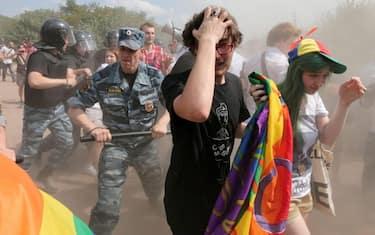 gay_pride_san_pietroburgo_2013