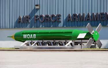 bomba_moab_usa_afghanistan_ansa