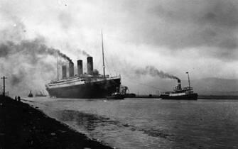 Il Titanic in porto prima della partenza