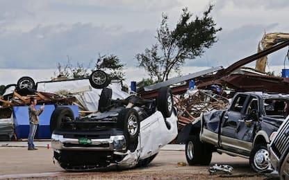 Usa, vittime e feriti in Texas per una serie di tornado. FOTO