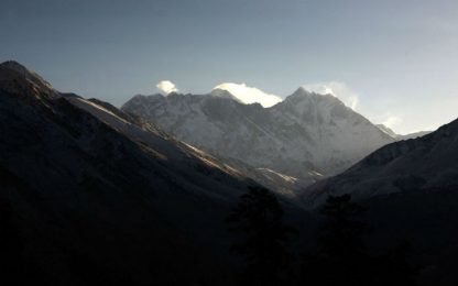 Nepal, 20mila euro di multa per aver scalato l'Everest senza permesso