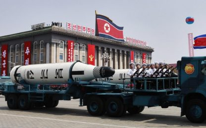 """Corea del Nord a Usa: """"Missile per armi nucleari, non sottovalutateci"""""""