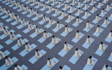 LaPresse_Cina_Yoga4