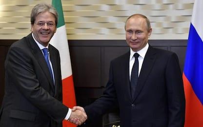 Putin incontra Gentiloni: pronti a dare audio colloquio Lavrov-Trump