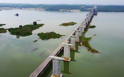 Il mega ponte sul fiume Gan