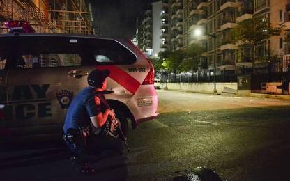 Filippine, esplosioni e spari in un resort a Manila