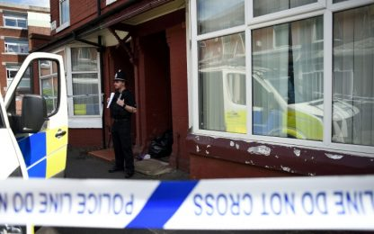 Manchester, terrorista ha fabbricato bomba grazie a YouTube