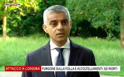 """Attentato Londra, Khan: """"La minaccia resta alta ma andiamo a votare"""""""