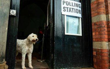 GettyImages-cani_polling_station