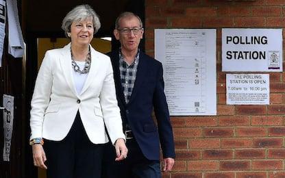 Voto Uk, May e Corbyn