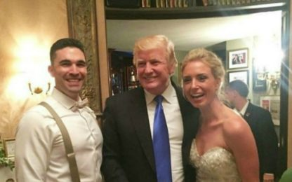Donald Trump ospite a sorpresa a un matrimonio in New Jersey