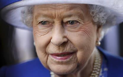 La Regina Elisabetta dice no alla plastica monouso nelle sue proprietà