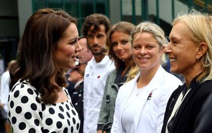 Kate Middleton sul prato di Wimbledon per l'inaugurazione del torneo