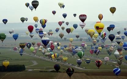 Francia, il festival delle mongolfiere