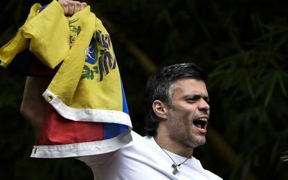 Venezuela: chi è Leopoldo López, il leader dell'opposizione in cella