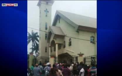 Nigeria, attacco a chiesa cattolica. Decine tra morti e feriti
