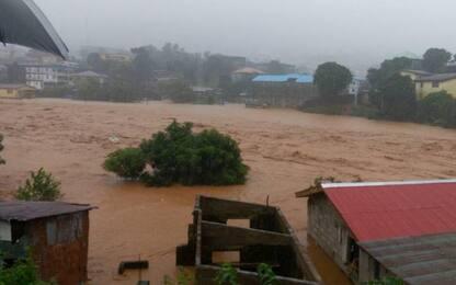 Sierra Leone, frane e smottamenti a Freetown: oltre 300 morti