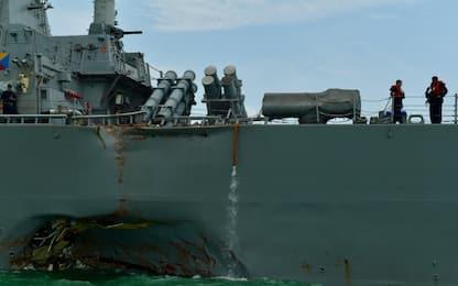 Singapore, scontro tra nave militare Usa e imbarcazione: 10 dispersi