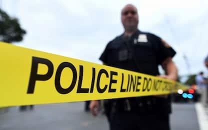 Usa, polizia uccide uomo ispanico in auto: polemiche e proteste