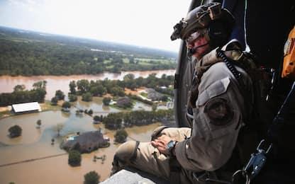 Harvey: allarme acqua contaminata