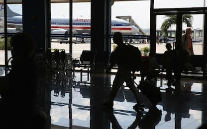 Usa, polizia spara a un uomo armato all'aeroporto di Miami