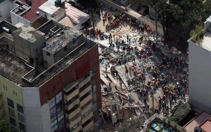 Terremoto in Messico, crolli e vittime in tutto il Paese. Video