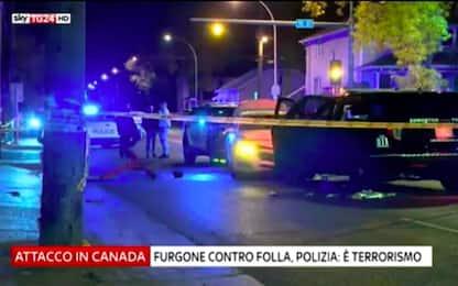 Attentato in Canada, camion contro la folla: 5 feriti